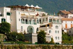Bonadies Hotel